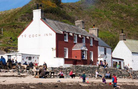 Wales Coast Path: Ty Coch Inn, Nefyn: Llyn Peninsula