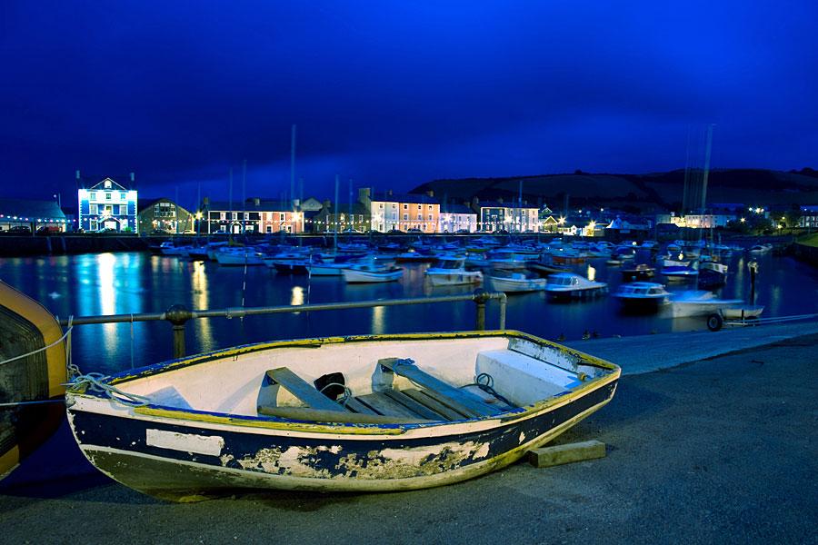 Aberaeron Harbour at night