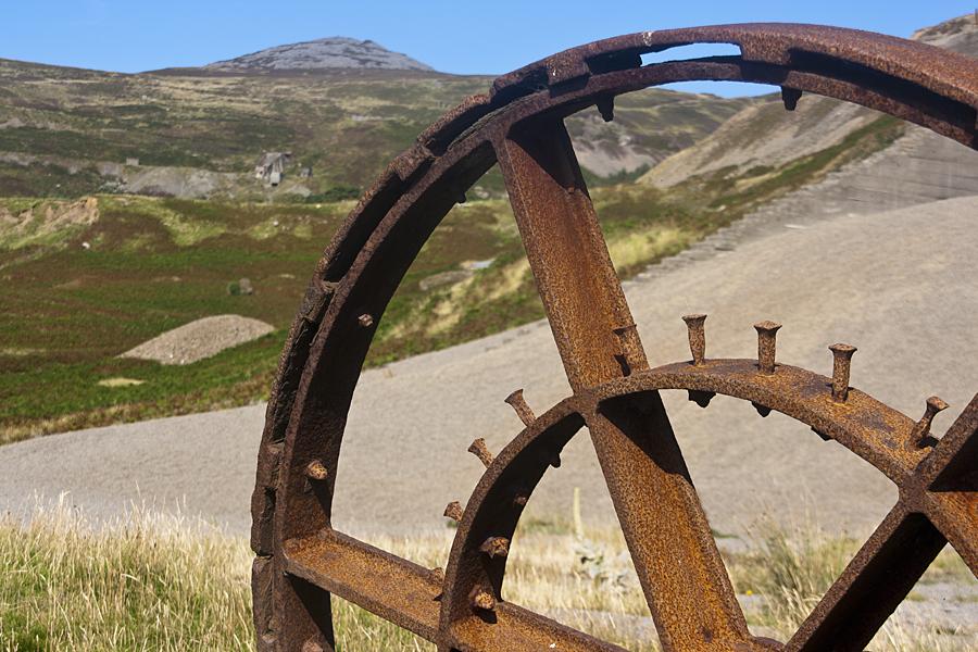 Nant Gwrtheyrn, old quarry machinery